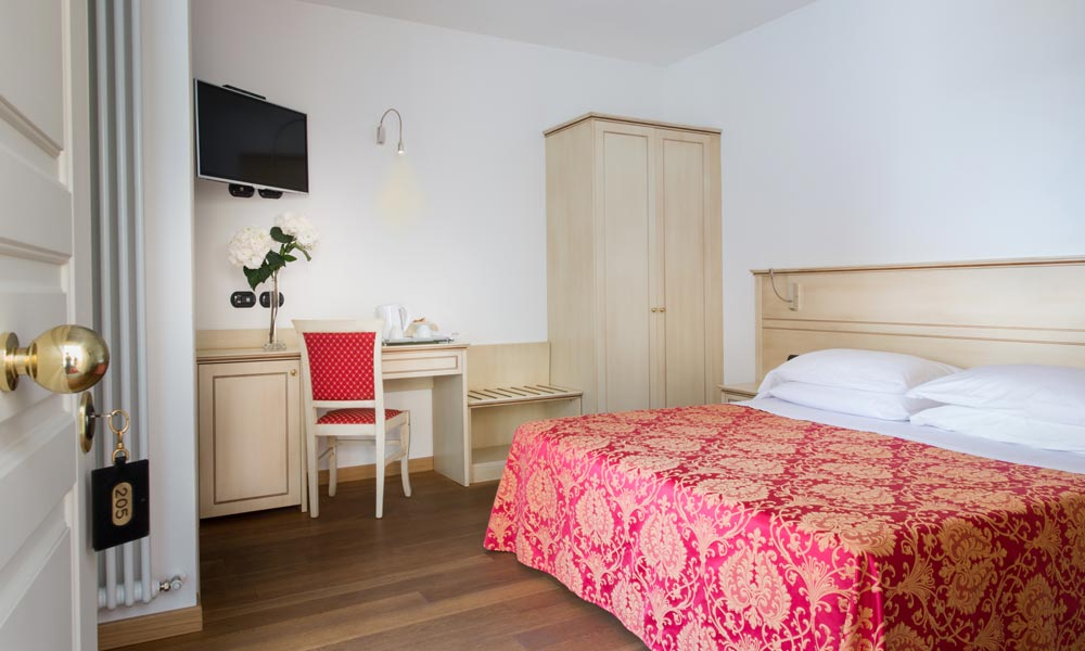 camera matrimoniale Hotel La Villetta Firenze