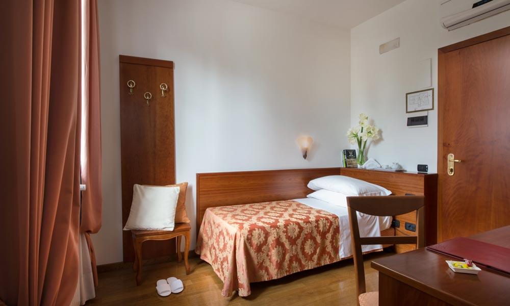 camera singola Hotel La Villetta Firenze